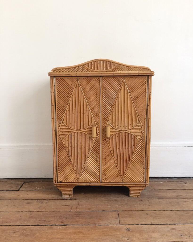 atelier vime petite armoire en marqueterie de rotin. Black Bedroom Furniture Sets. Home Design Ideas