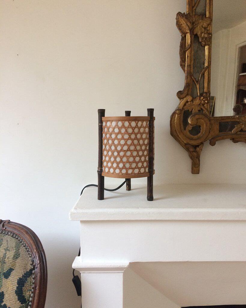 atelier vime lampe en bambou et cannage. Black Bedroom Furniture Sets. Home Design Ideas